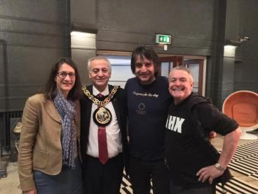 MidSummer Muswell mayor